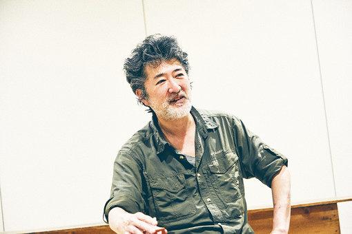 会田誠(あいだ まこと)<br>アーティスト 1965年新潟県生まれ。1991年東京藝術大学大学院美術研究科修了(油画技法・材料研究室)。絵画のみならず、写真、立体、パフォーマンス、インスタレーション、小説、漫画、都市計画を手掛けるなど表現領域は国内外多岐にわたる。