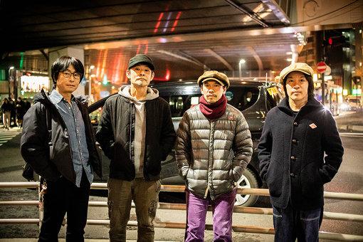 フラワーカンパニーズ<br>左から:竹安堅一(Gt)、ミスター小西(Dr)、グレートマエカワ(Ba)、鈴木圭介(Vo)<br>名古屋が生んだ「日本一のライブバンド」フラワーカンパニーズ。通称フラカン。2019年4月23日、メンバーチェンジも活動休止も一切ないまま活動を続け、2020年4月23日には結成31周年を迎える。