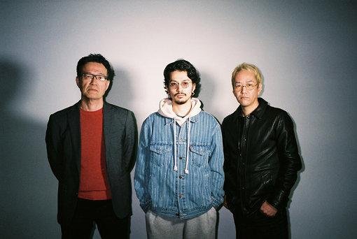 左から:荒牧伸志、常田大希、神山健治