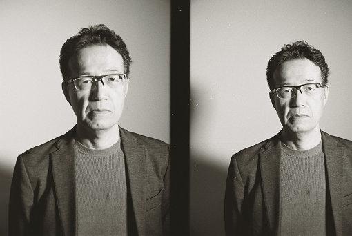 荒牧伸志(あらまき しんじ)<br>1960年生まれ。アニメ監督、メカニックデザイナー。実写映画では石井竜也監督『河童』(1994年)、卓球シーンのストーリーボードを担当した『ピンポン』などに参加。士郎正宗の原作を得た監督作『APPLESEED』(2004年)は世界初3Dライブアニメとして日本だけでなく、世界中のクリエイターに大きな影響を与えた。