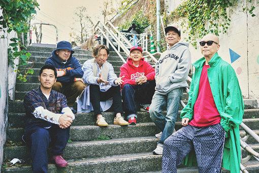 スチャダラパーとライムスター。左から:DJ JIN、ANI、Mummy-D、Bose、SHINCO、宇多丸