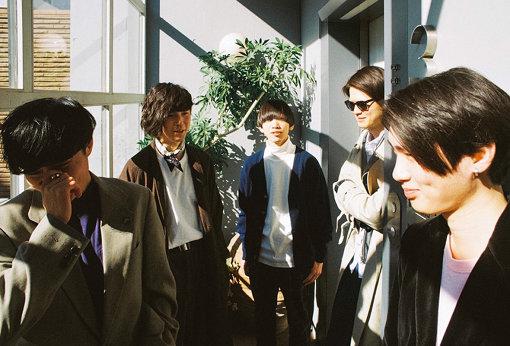 左から:NAKADAI、Neggy、Tee、DOI、Kido