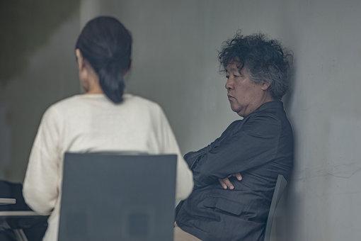 左から:内藤礼、茂木健一郎