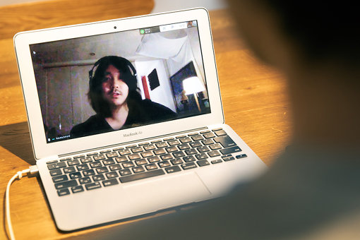 BBHF尾崎雄貴。今回は北海道にいる尾崎にリモートでインタビューを行なった