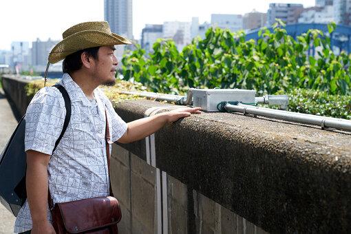 実際に「隅田川を眺めるプロジェクト」を実施する吾妻橋付近の堤防から隅田川を望む