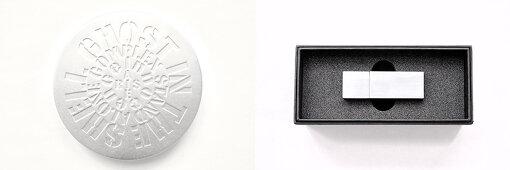2021年1月20日(水)発売『攻殻機動隊 superb music high resolution USB / SHM-CD』 / シリーズの主題歌・挿入歌50曲のハイレゾ音源を収めたプリレコーデッドUSBおよび高音質のSHM-CDという2種類が発売される。押井守と多くの傑作を世に送り出してきた川井憲次が手がけた劇場用アニメ映画『GHOST IN THE SHELL / 攻殻機動隊』(1995年)および同作の続編となる『イノセンス』(2004年)、菅野よう子によるテレビアニメ『攻殻機動隊 STAND ALONE COMPLEX』(2002~2003年)、さらにはCorneliusが手がけた『攻殻機動隊 ARISE』(2013~2014年)という4シリーズの主題歌・挿入歌が50曲収められている