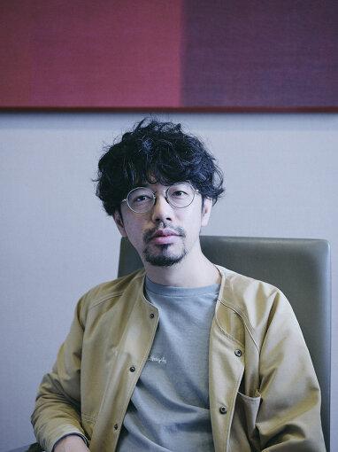 後藤正文(ごとう まさふみ)<br>1976年、静岡県生まれ。ASIAN KUNG-FU GENERATIONのボーカル&ギター。新しい時代とこれからの社会を考える新聞『THE FUTURE TIMES』の編集長を務める。インディーズレーベル『only in dreams』主宰。2020年10月、Gotch名義にてシングル『The Age』を発表。