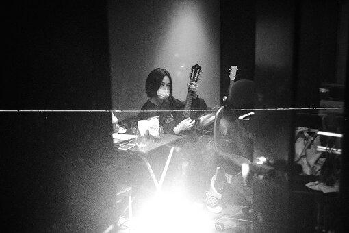 梅林太郎(うめばやし たろう)<br>作曲家。2012年よりmilkとしてソロ活動を始める。「Rallye Label」より1stアルバム『greeting for the sleeping seeds』をリリース。現在2ndアルバムを制作しつつ、楽曲提供、映画音楽、アニメ音楽、CM音楽と幅広いジャンルにおいて国内外、数多くのアーティストと作品を発表している。