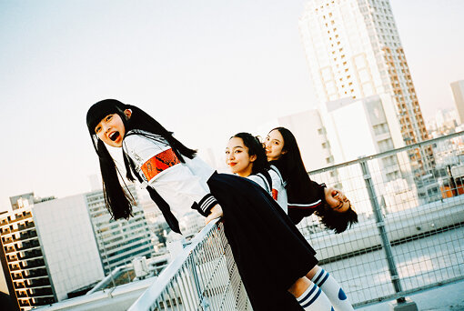 左から:MIZYU、RIN、KANON、SUZUKA