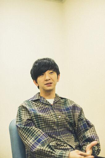 向井慧(むかい さとし)<br>1985年12月16日生まれ、愛知県出身。2005年にNSCに入校。2008年に菅良太郎と尾形貴弘とともに「パンサー」を結成。舞台やバラエティー番組を中心に活躍中。現在は『王様のブランチ』(TBS)、『潜在能力テスト』(CX)、『#むかいの喋り方』(CBCラジオ)などに出演中。