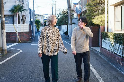 左から:柴田聡子、入江陽