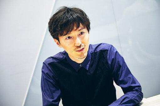 水谷正紘(みずたに まさひろ)<br>伊藤忠インタラクティブ株式会社 Creative Director / Copywriter。1984年、長崎生まれ。東京大学機械情報工学科卒業。大手シンクタンクで金融系のシステム開発に携わる中、ふと頭に降ってわいた「コピーライターってなんか面白そう」という直感を信じ、2015年より現職。ウェディングサービスのブランドステートメント開発、大手精密機器メーカーのWebプロモーション企画、製薬関連企業のインナーブランディング、オンライン書店企業の企業理念策定など、コトバを使ったコミュニケーションデザインの実績多数。