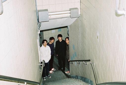 ミツメ(左から:大竹雅生、nakayaan、川辺素、須田洋次郎)<br>2009年、東京にて結成。4人組のバンド。オーソドックスなバンド編成ながら、各々が担当のパートにとらわれずに自由な楽曲を発表し続けている。そのときの気分でいろいろなことにチャレンジしています。2021年3月24日、ニューアルバム『VI』をリリース。