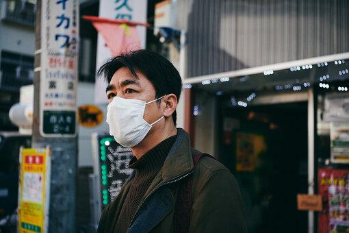 室橋裕和(むろはし ひろかず)<br>1974年生まれ。週刊誌記者を経てタイに移住。現地発の日本語情報誌に在籍し、10年に渡りタイ及び周辺国を取材する。帰国後はアジア専門のライター、編集者として活動。「アジアに生きる日本人」「日本に生きるアジア人」をテーマとしている。著書に『日本の異国』(晶文社)、『ルポ新大久保 移民最前線都市を歩く』(辰巳出版)など。