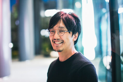 近藤裕一郎(こんどう ゆういちろう)<br>ゲーム会社にてスマートフォンゲームのプロデューサー等を担当後、Craft Eggに入社し、取締役に。『バンドリ! ガールズバンドパーティ!』のプロデューサーとして携わる。Colorful Palette設立とともに、代表取締役社長に。