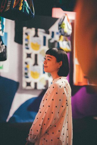 Kanoco(かのこ)<br>モデル。兵庫県出身。CM広告やファッション誌やカルチャー誌など、多数出演。2020年には『鈴木マサルの傘 10周年』でイメージモデルを務めた。現在はライフスタイルの発信やアパレルブランドとのコラボレーションなど、活躍の幅を広げている。無類のシロクマ好き。