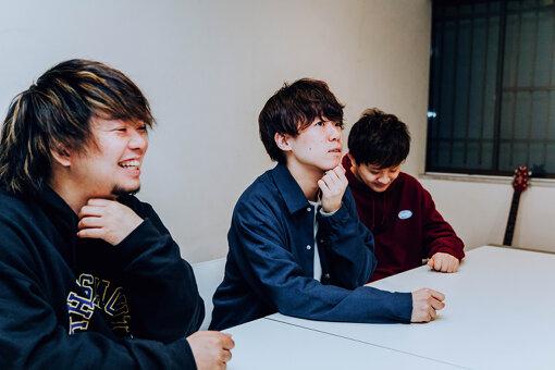 左から:熊野和也、末武竜之介、シャー:D
