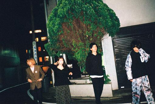 左から:Natsuki、菅野結以、Tamio、エンドウアンリ