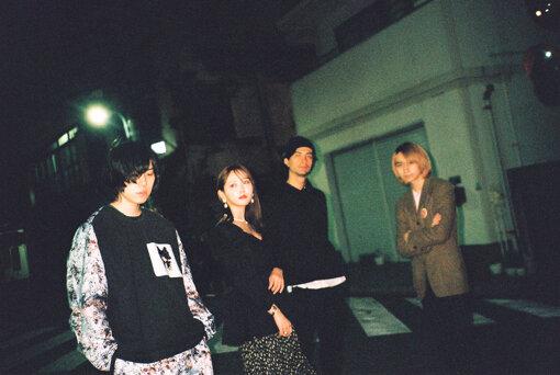 左から:エンドウアンリ、菅野結以、Tamio、Natsuki