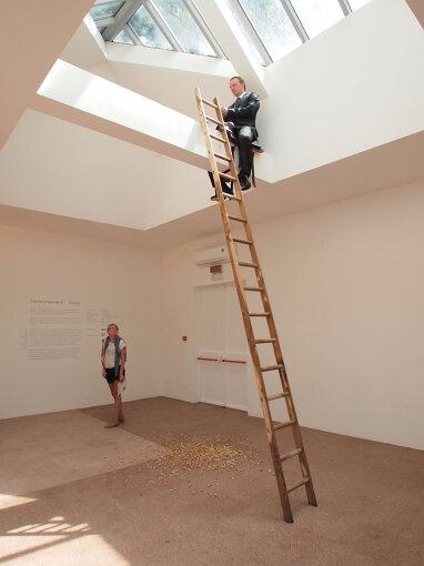 『第55回ヴェネチア・ビエンナーレ国際美術展』(2013年)でのロシアパビリオン。ヴァディム・ザハロフによる展示 / 撮影:大西若人