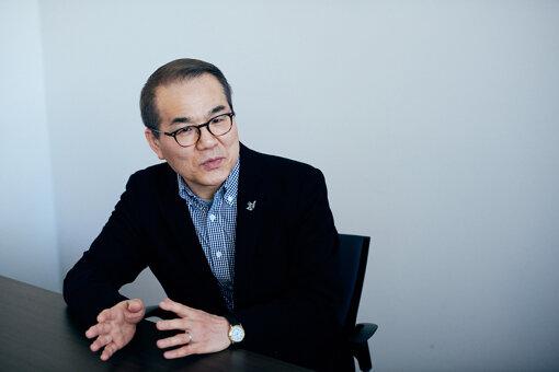 大西若人(おおにし わかと)<br>朝日新聞の編集委員。美術や建築を中心に担当し、1990年以来、東京、大阪、福岡で文化関係の取材や編集に関わってきた。