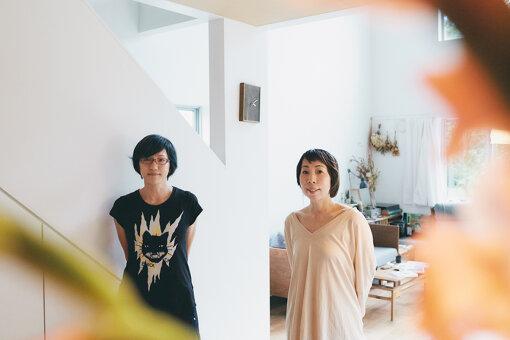 左から:荻上直子、川内倫子