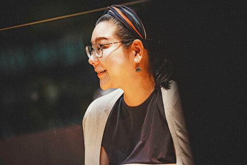 ジェーン・スー<br>1973年、東京都出身。作詞家、コラムニスト、ラジオパーソナリティー。『ジェーン・スー 生活は踊る』(毎週月~木曜午前11時 TBSラジオ)に出演中。『貴様いつまで女子でいるつもりだ問題』(幻冬舎)で講談社エッセイ賞を受賞。著書に『私たちがプロポーズされないのには、101の理由があってだな』ポプラ社)、『女の甲冑、着たり脱いだり毎日が戦なり。』(文藝春秋)、『生きるとか死ぬとか父親とか』(新潮社)、『これでもいいのだ』(中央公論新社)、『女のお悩み動物園』(小学館)など。