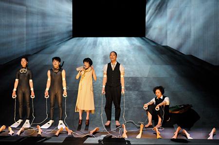 『光のない。』フェスティバル/トーキョー 2012年 撮影:松本久木
