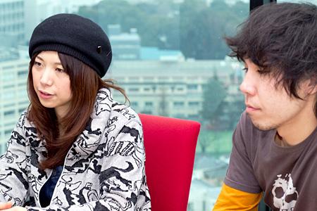左から:ユコ・カティ、ゲイリー・ビッチェ