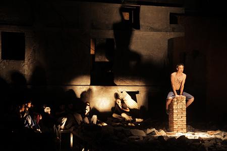『狂人日記』 新青年芸術劇団 (『F/T12』公募プログラム)©Xia Maotian