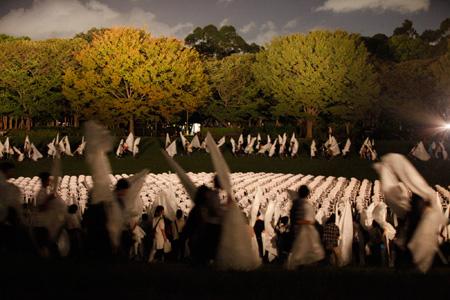 『宮沢賢治/夢の島から「わたくしという現象」』ロメオ・カステルッチ(『F/T11』) ©石川純
