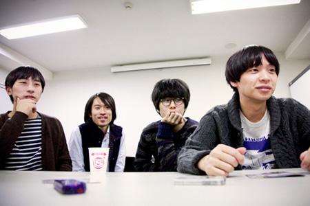 シャムキャッツ(左から:藤村頼正、大塚智之、菅原慎一、夏目知幸)