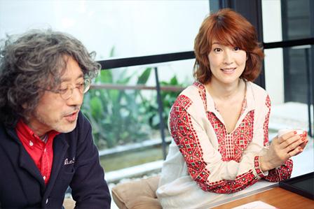 左から:荒井良二、akko(My Little Lover)