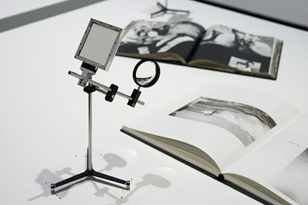 『Camera Lucida f85mm』2004年