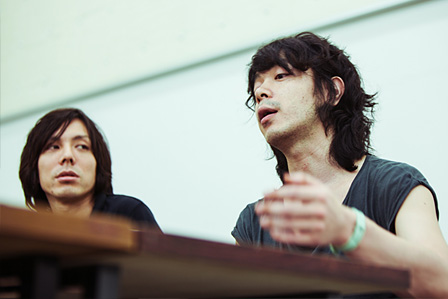 左から:三浦大輔、峯田和伸
