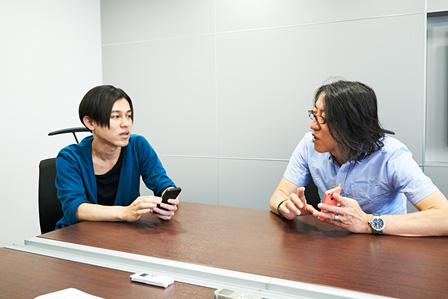 左から:DE DE MOUSE、田中宏和