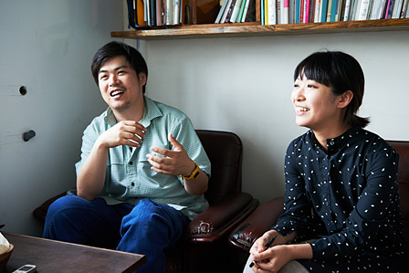 左から:南川憲二、荒神明香