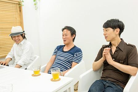 左から:川上シュン、鄭秀和、DJ KAWASAKI