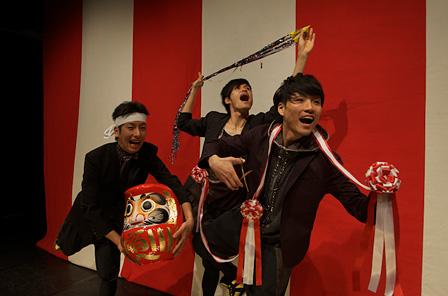 芦谷康介(左)、竹内英明(中)、京極朋彦(右)  ©鈴木竜一朗