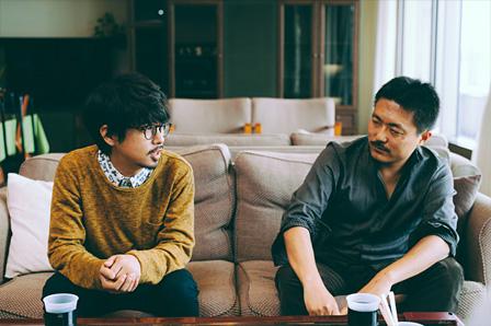 左から:後藤正文、舩橋淳