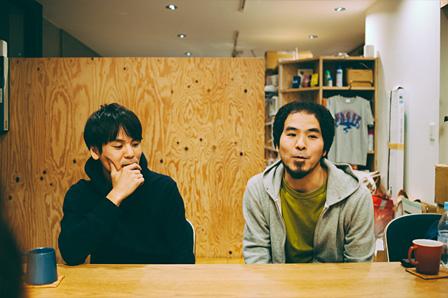左:辻村友晴、辻村豪文