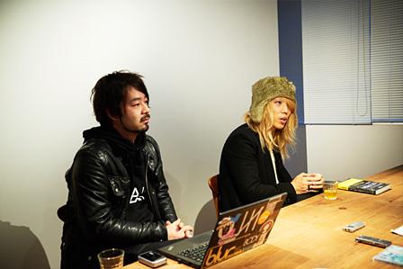 左から:高野修平、小林祐介(THE NOVEMBERS)