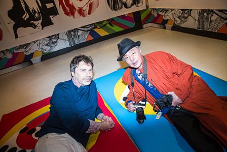 左から:マティアス・オグスティニアック(M/M(Paris))、浅葉克己