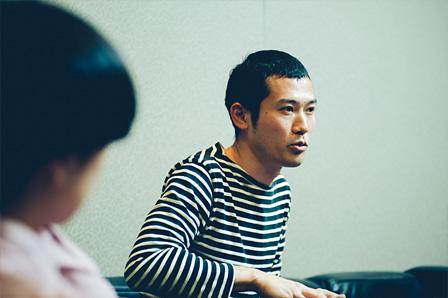 右:鈴木康広