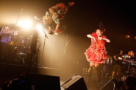 SEBASTIAN X活動休止ライブ(2015年4月30日@赤坂BLITZ) 撮影:木村泰之