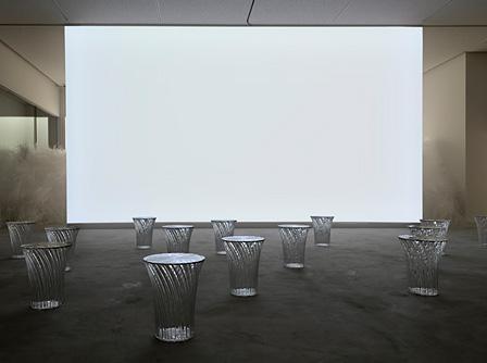 佐賀県立美術館『吉岡徳仁展―トルネード』展示風景