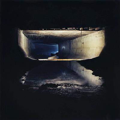 シリーズ『Underground』より、Tunnel#6205(1998年)
