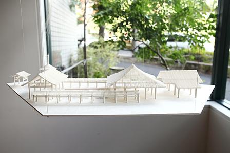 『東長寺(模型)』『回向―つながる縁起』展示風景