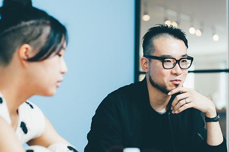 左から:川村美紀子、本山敬一