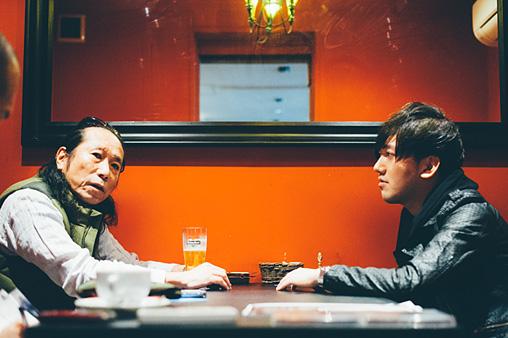 左から:近田春夫、TeddyLoid
